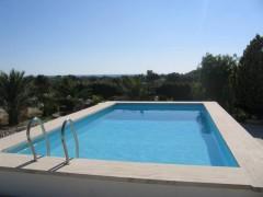 In vendita villa con piscina a Porto Cesareo